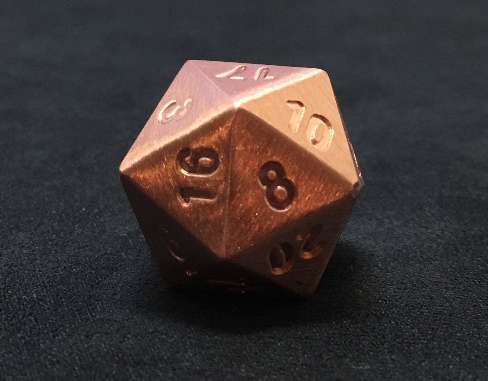 Pure copper d20 up close