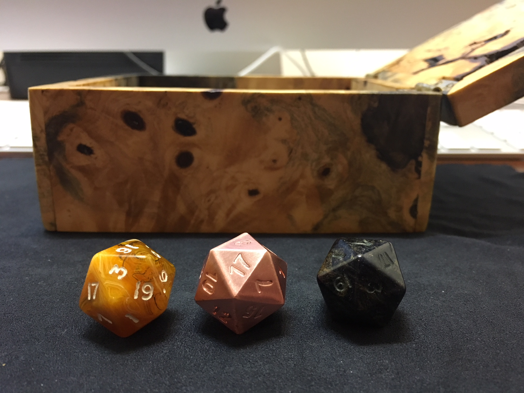 Pure copper d20 size is the same as my other d20 dice